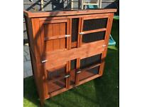 4ft Rabbit/Guinea Pig Hutch Home and Roost. Better then when purchased new.