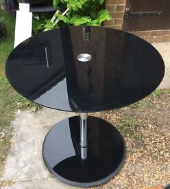 Black glass table and 4 chairs £15