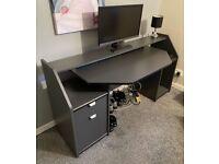Desk/Gaming Desk