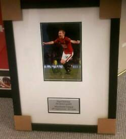 Paul Scholes hand signed & bespoke framed