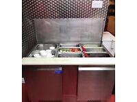 topping , salad fridge