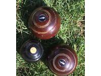 1915 Ladie Wooden Crown Bowls