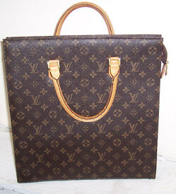Louis Vuitton ladies document holder, hardly used and in good condition