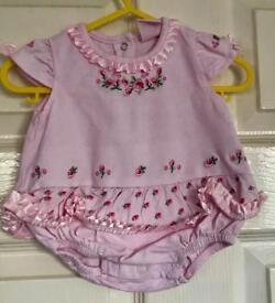 Baby grow pink zig zag