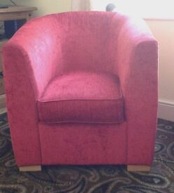 Lovely chenille tub chair good condition