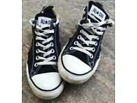 GREAT PAIR CONVERSE ALL STARS SIZE 9 BLACK ALL STAR TRAINERS ALLSTARS SHOES NINE SNEAKERS COOL SHOE
