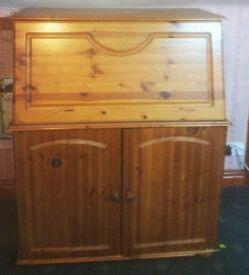 Vintage Wooden bedroom furniture Cabinet with shelves