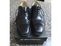 Men's leather Black Shoes Brogue style