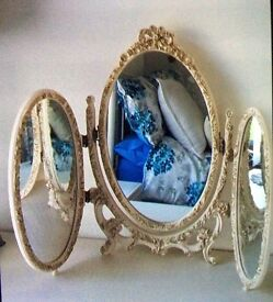 Dressing table three way mirror, beige in colour with 3 oval mirrors. Beautiful. Condition.