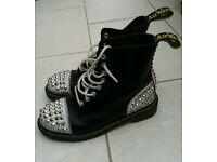 Doc martin boots ltd edition size 6