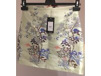 Skirt size 8 - New