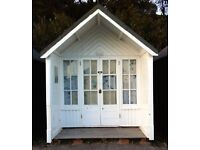 BEACH HUT FOR HIRE/RENT BRANKSOME CHINE--NEAR ALL AMENITIES