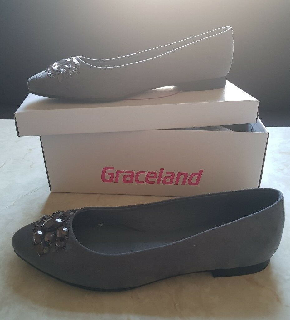 00be1fbd5d4 Brand New Graceland Shoes UK size 6. Bradford ...