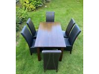 Dining Room Table & Chairs (Must Go Within Next 24hrs)