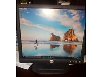 "17"" Dell LCD monitor PC / Laptop"