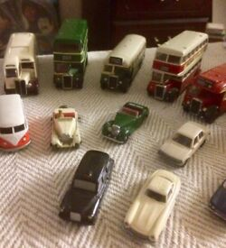 1/76th scale model buses and cars