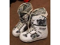 Thirty Two snowboard boots size 10