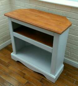 Solid pine wood tv stand/sideboard