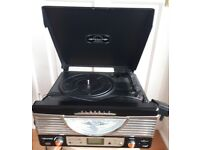 Vintage style vinyl record player