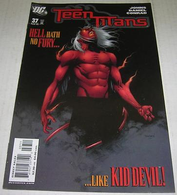 TEEN TITANS #37 (DC Comics 2006) 1st appearance of MISS MARTIAN (FN+)