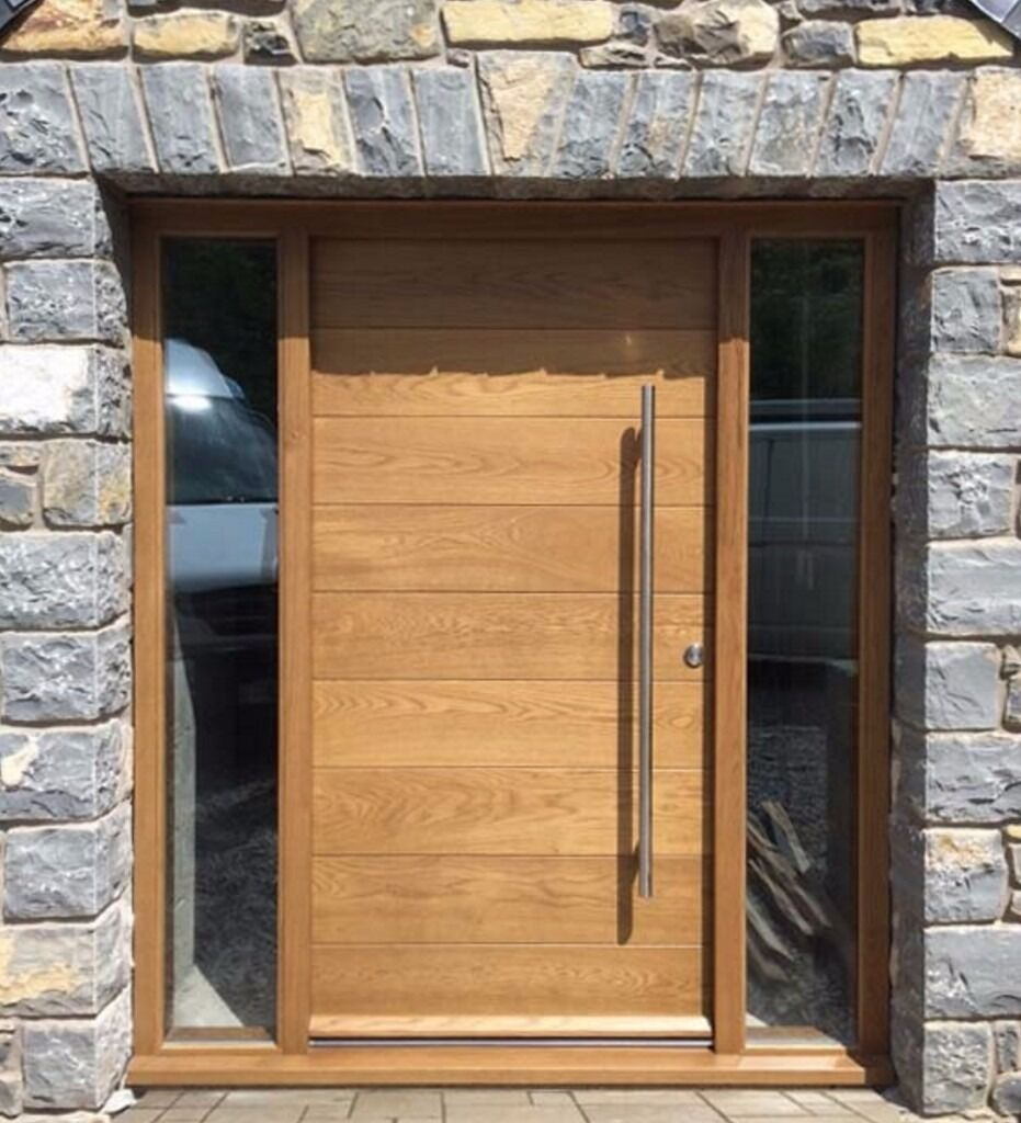Oak Contemporary Front Door With Sidelight Made To Measure