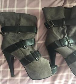 Size 4 Newlook boots, Almost new