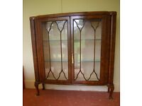 Glass front display cabinet, glass shelves, with key