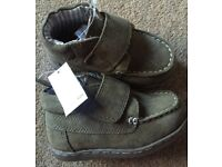 BNWT Next Boys Real Leather Suede Khaki Boots - Infant Size 5
