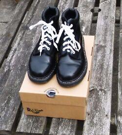 Dr Marten Boots Ladies Size 4 Black