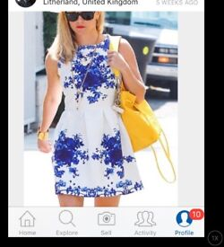 Blue white flower thick dress skater worn once few hours 10 zip back like reese wheatherspoon wore