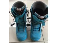 Thirty Two lashed Snowboard Boots Size 9