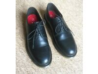 Formal shoes in NEW condition UK9