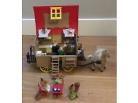 Sulvanian families gypsy caravan and accessories