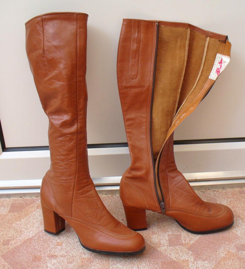 Ladies Brown Boots