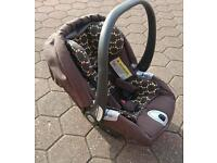 Mamas and papas Car seat and isofix