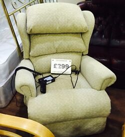 Sherborne electric recliner in very good condition