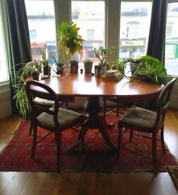 VINTAGE WOOD EXTENDABLE DINING TABLE & CHAIRS