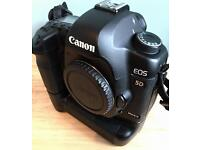 Canon 5d mk 2 cw battery grip 3 batteries
