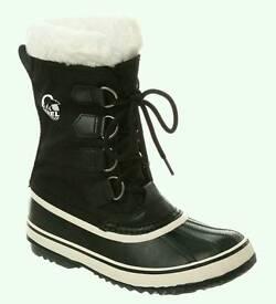 Sorel UK8 Snow boots. Brand New
