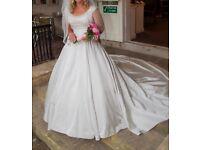 Ian Stuart Wedding Dress Size 14