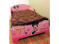 Disney Minnie Mouse Kids Convertible Toddler Bed - Excellent condition - Moving sale