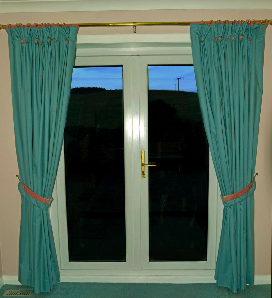 Two Pairs Of Fully Lined Pinch Pleat Lounge Curtains With Tiebacks Aqua Salmon Pink Trim