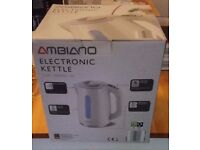 ** Reduced** NEW - Electronic Kettle - 7 preset temperature settings - Illuminated water Gauge