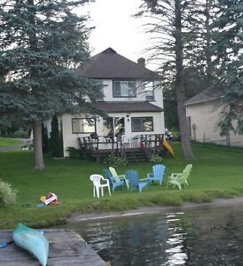 Enjoy your summer vacation in the heart of the 1000 Islands!