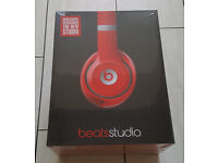 BARGAIN NEW Sealed - Beats by Dr Dre Studio 2.0 Wired Over Ear Headphones Earphones - Red