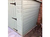 7 x 4 Shed excellent condition as new 2 mths old!