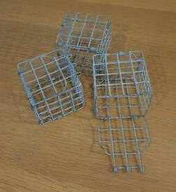 Hay feeding cubes for rat or ferret cage