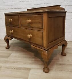 Victorian Stripped Mahogany Chest Of Drawers (DELIVERY AVAILABLE FOR THIS ITEM OF FURNITURE)
