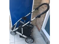 Mamas and papas zoom 3in1 travel system black