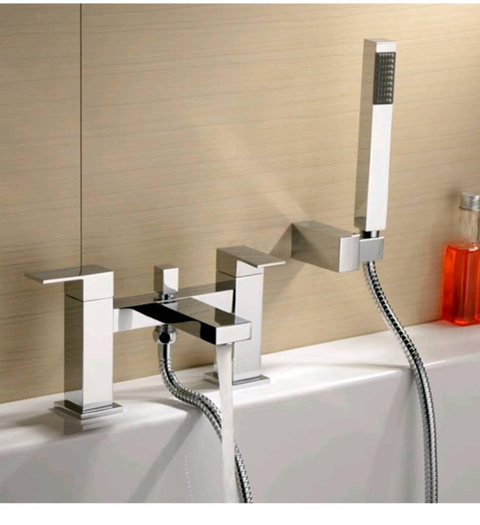 Ee04 bath shower mixer tap